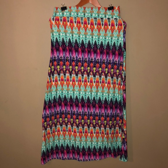Rue21 Dresses & Skirts - Patterned Maxi Skirt